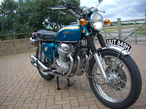 The first UK-spec Honda CB750 off the production line